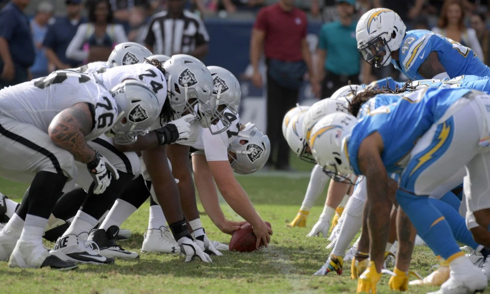 nfl week 10 thursday oakland raiders los angeles chargers