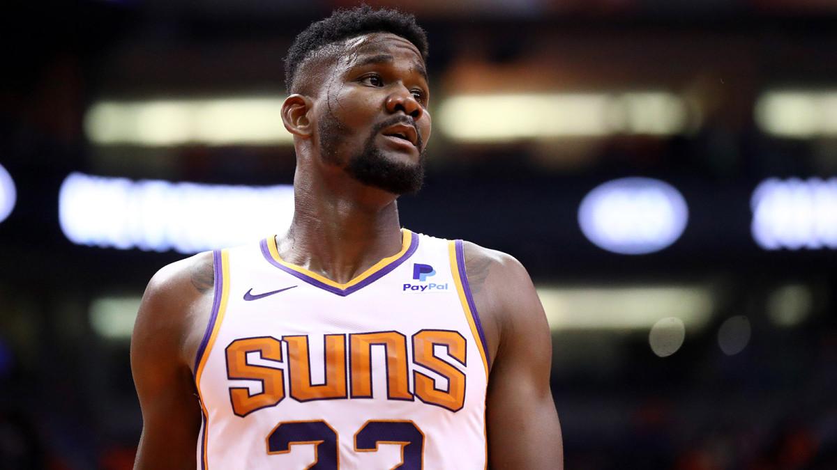 Deandre Ayton of the Suns